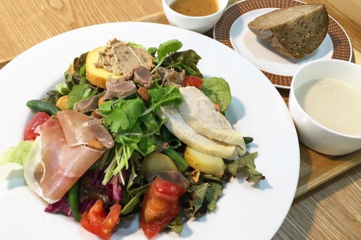 ロジェ食堂 岡田町店サラダ
