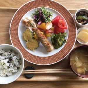 ロジェ食堂 岡田町店 たっぷり野菜の夏バテ防止ランチプレート